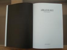 publicación arkaeology, autora estanis comella
