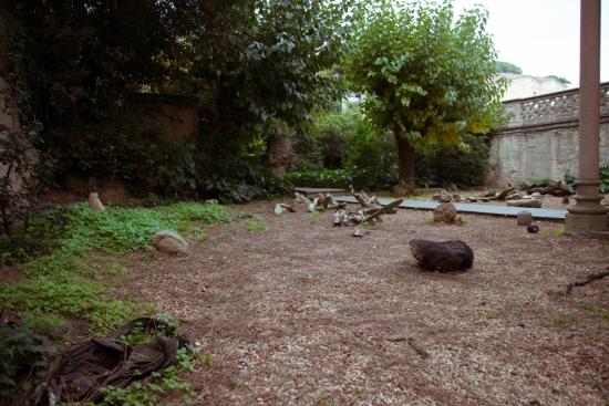 Residency Eremuak-Halfhouse 2016. Esana, Josu Bilbao, image of Gontzal Gutierrez